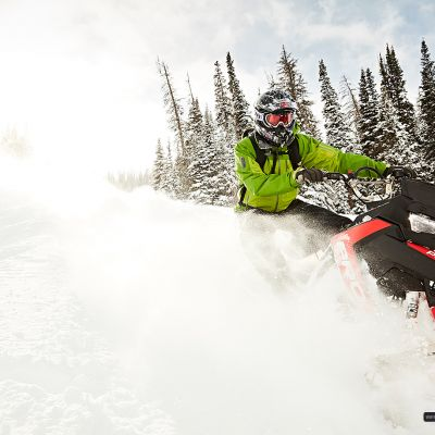 snowmobiling zoom by